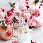 cake pops flower in glass