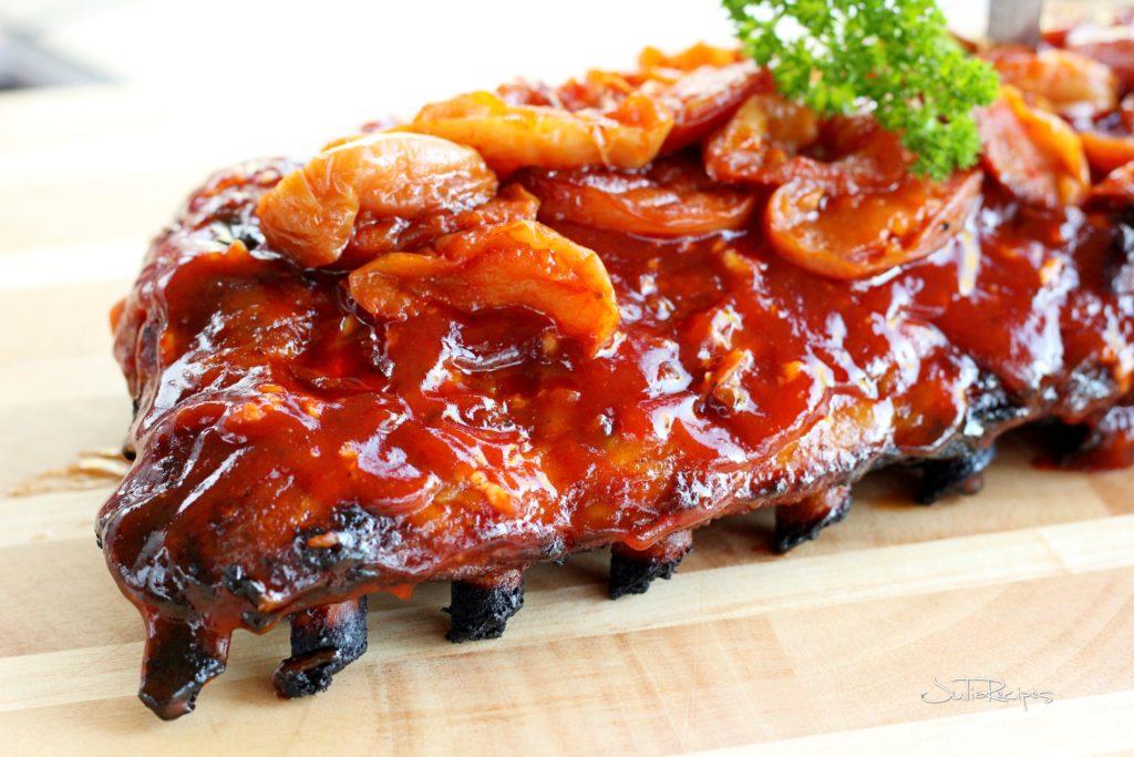 Apple smoked pork ribs