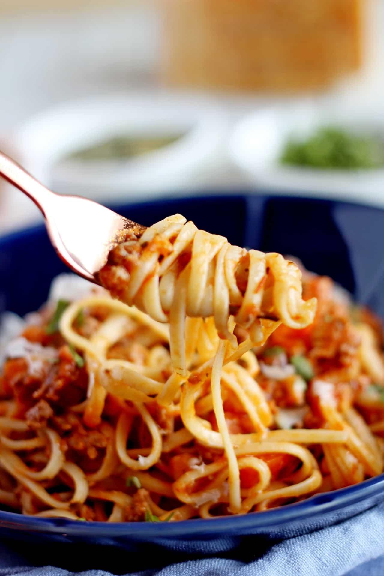 close up on swirled spaghetti
