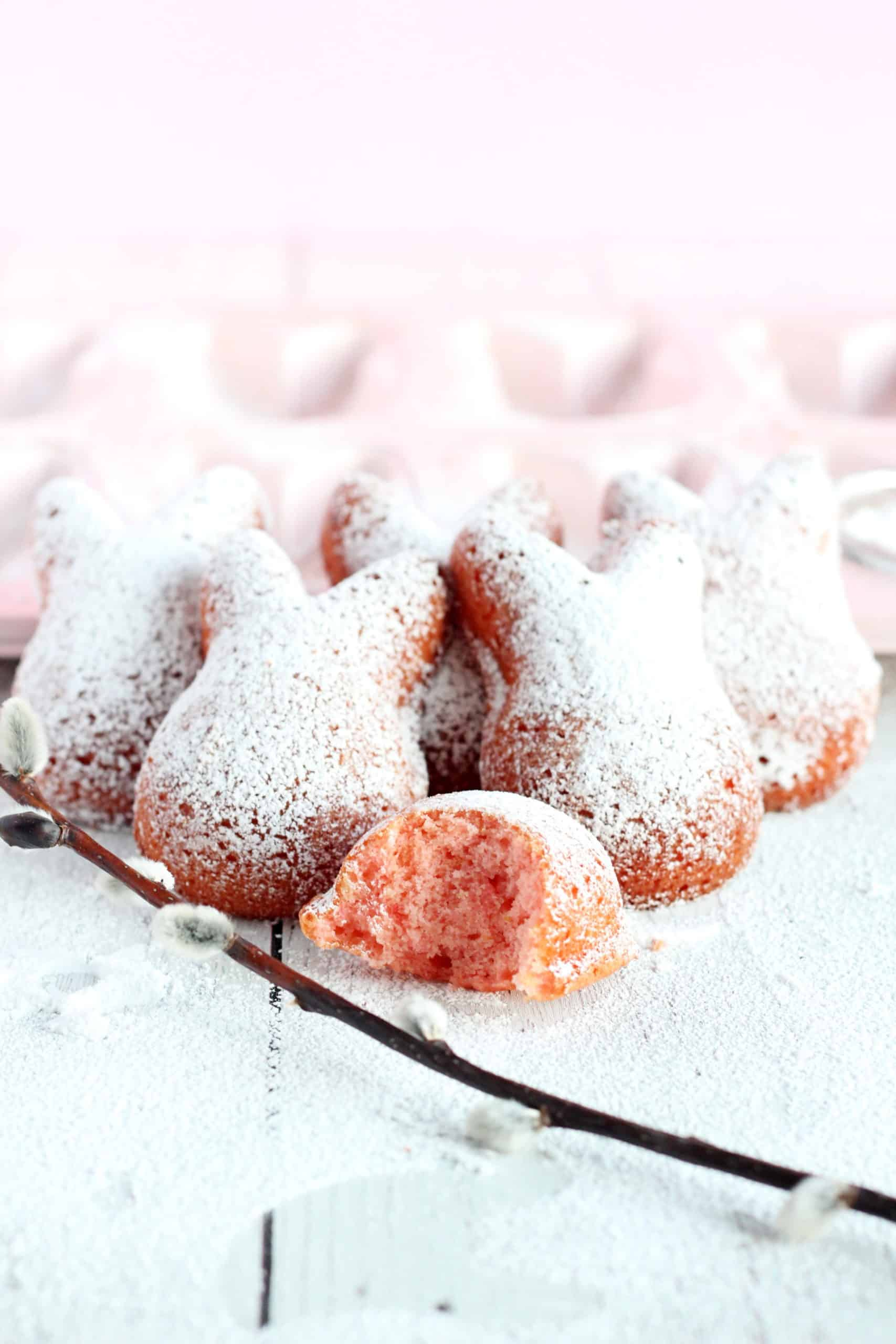 french madeleines with strawberry flavour