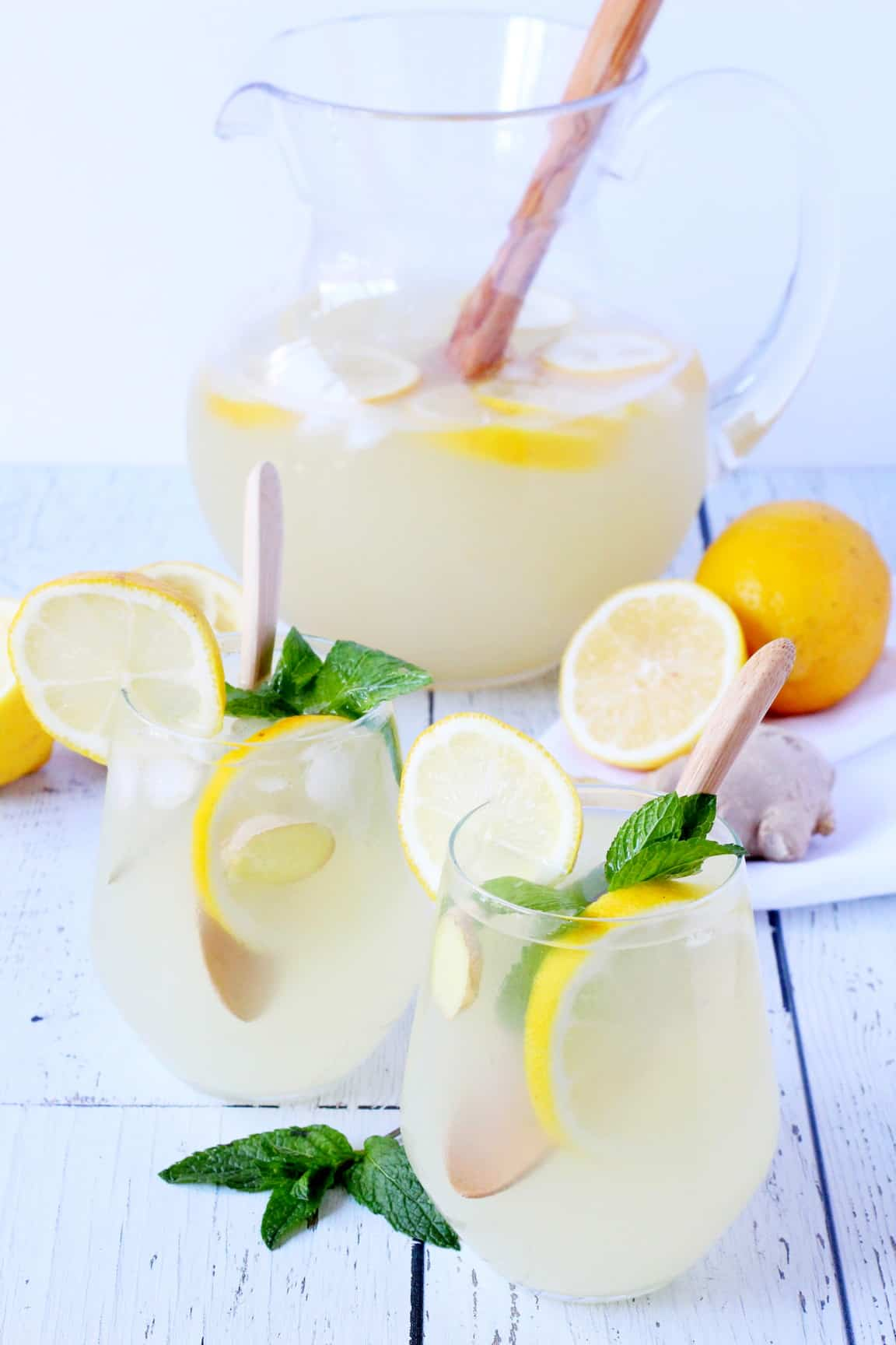 Ginger lemonade in two plastic glasses