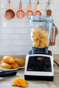 frozen mango chunks in vitamix blender