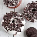 close up of oreo donut