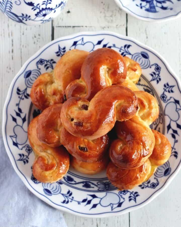 featured image brioche buns